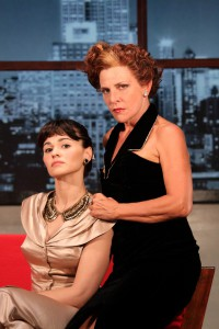 Romina Mondello e Pamela Villoresi EVA CONTRO EVA  (foto Emiliano Pona)