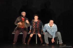 CI SCUSIAMO PER IL DISAGIO Gli Omini Associazione Teatrale Pistoiese (foto Gabriele Acerboni)