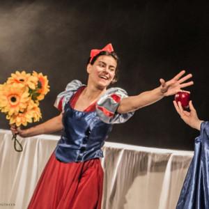 Biancaneve 24 marzo Piccolo Teatro Bolognini | Le novelle della nonna 24 marzo Teatro Montand