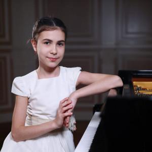 classica 18 | ALEXANDRA DOVGAN, pianoforte